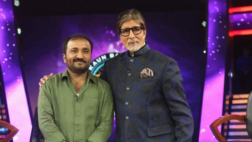 Anand Kumar (founder of Super 30) from Patna won 25 lakh on the Hotseat of KBC