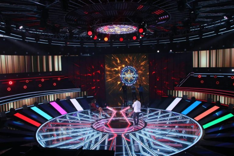 Pooja on The Set of KBC – KBC12 shoot starts from 7th September